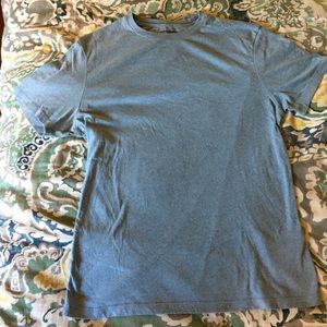 Banana Republic blue fitted crew Sz S